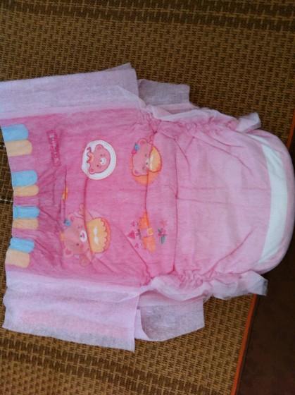 商品照片 可爱的纸尿裤附上珍贵图片,宝宝还在肚子里,估计有个一周